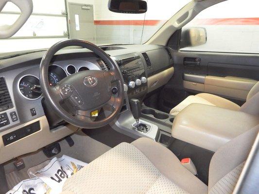 Toyota tundra 2011 d 39 occasion vendre pincourt et le for Boite a couture ile perrot