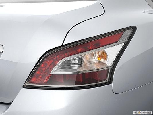 Nissan <span>Maxima 3.5 SV 2012</span>