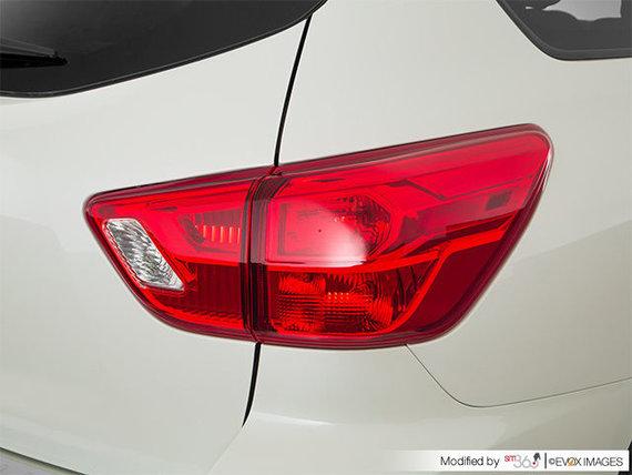 Nissan Pathfinder SV TECH 2018