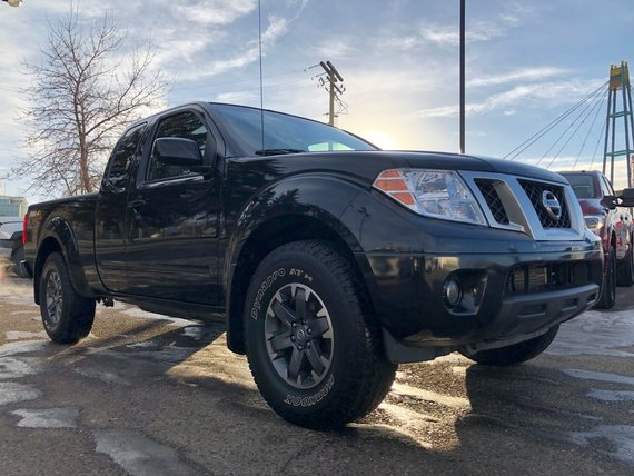 2016 Nissan Frontier PRO-4X MANUAL