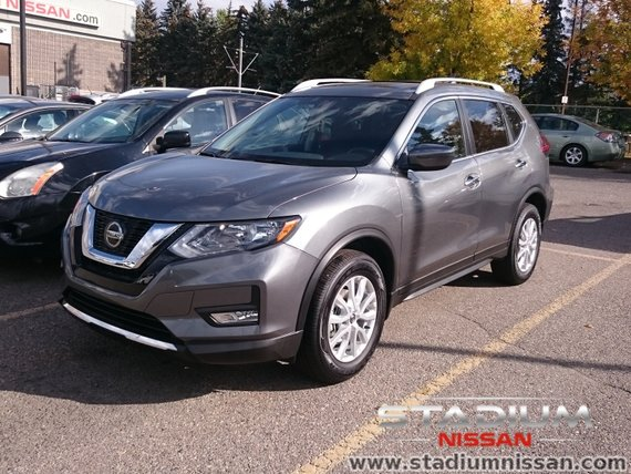 2018 Nissan Rogue SV Moonroof Package