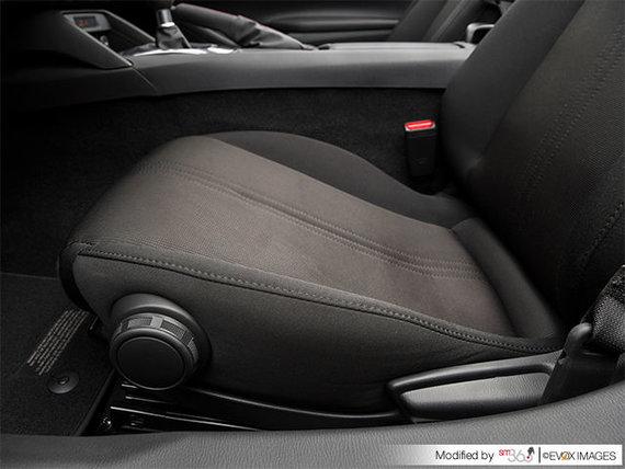 2017 Mazda MX-5 GX