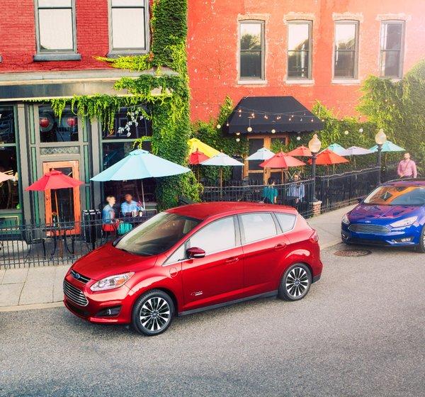 Les véhicules électriques et hybrides de Ford : un modèle pour tous les besoins