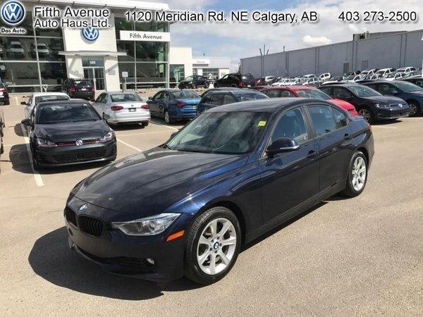 2012 BMW 3 Series 320i  - $122.76 B/W