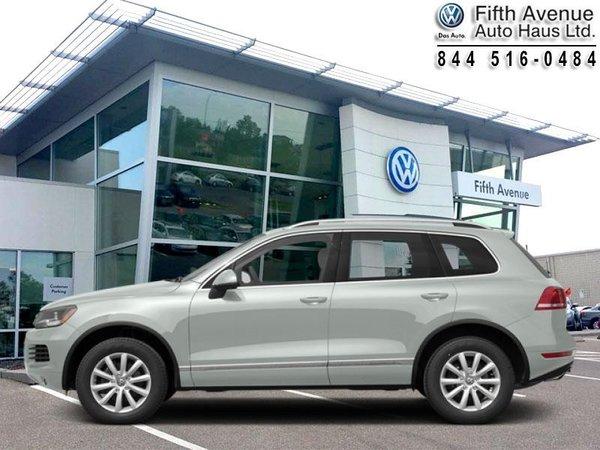2013 Volkswagen Touareg 3.6 Highline  - Certified - $228.20 B/W