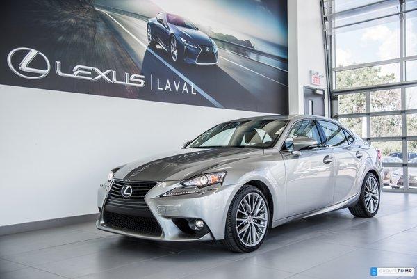 2015 Lexus IS 250 Premium-Caméra-Volant chauffant-Sièges Chauffants