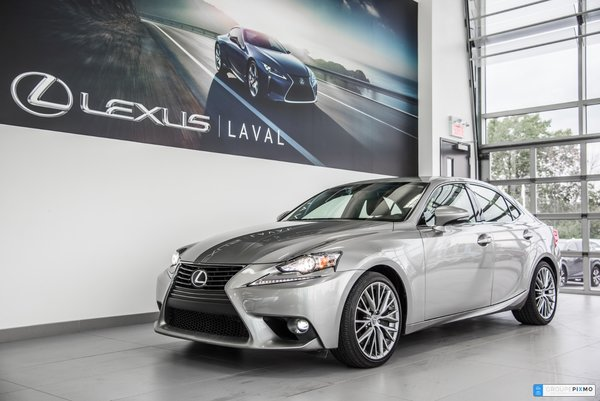 Lexus IS 300 Toit ouvrant-Camera-Taux a compter de 1.9% 2016