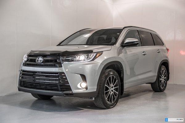 2017 Toyota Highlander SE - 2049$ D'accessoires inclus