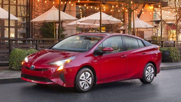 Toyota Prius 2018: Electrified Versatility