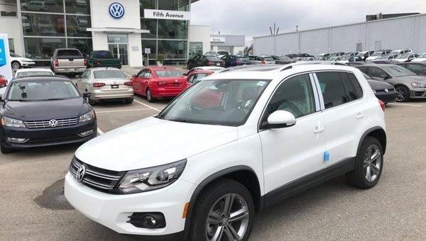 2017 Volkswagen Tiguan Highline  - Navigation - $245.10 B/W