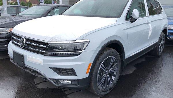 2018 Volkswagen Tiguan Highline 4Motion w/ Driver Assistance Pkg.