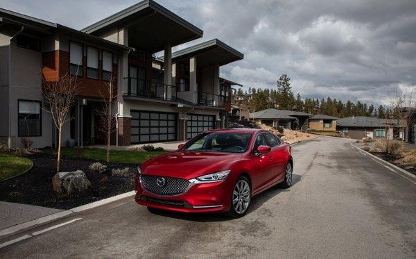 Mazda6 2019 vs Honda Accord : une est plus amusante que l'autre