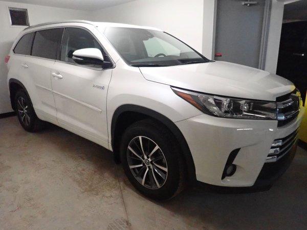 2018 Toyota Highlander hybrid XLE - DEMO