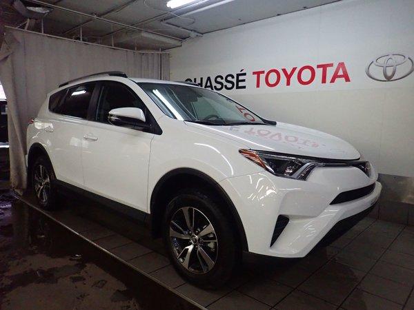 2018 Toyota RAV4 LE Groupe Amélioré - DEMO