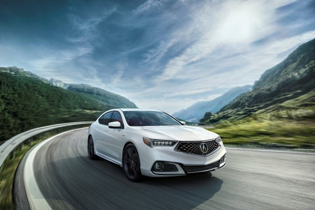 Here's what the media thinks of the new 2018 Acura TLX