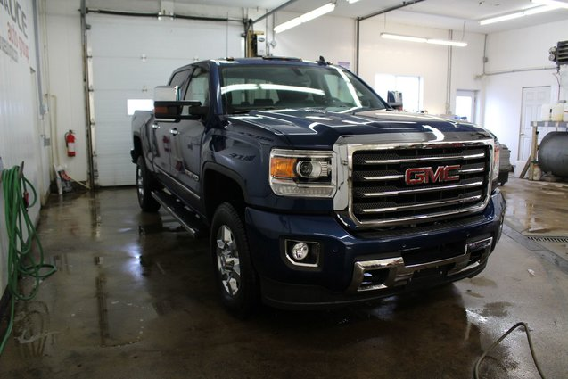 new 2016 gmc sierra 2500hd 6 0l 8cyl 6 speed automatic hd duramax 4x4 for sale in middleton. Black Bedroom Furniture Sets. Home Design Ideas