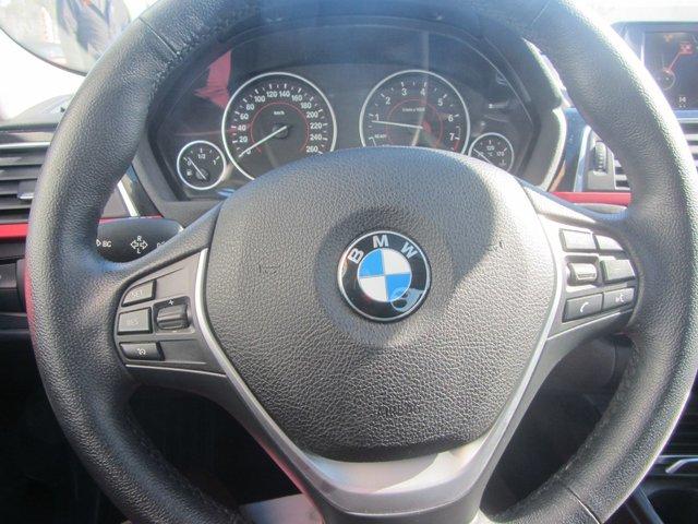 BMW 3 Series 320i xDrive 2016 CUIR+TOIT+GR ELECTRIQUE+SIEGES CHAUFFANT