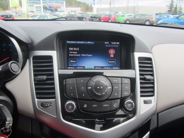 Chevrolet Cruze 1LT 2014 TRES PROPRE
