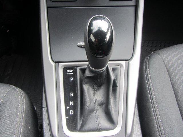 Hyundai Elantra  2015 BEAU VEHICULE !!