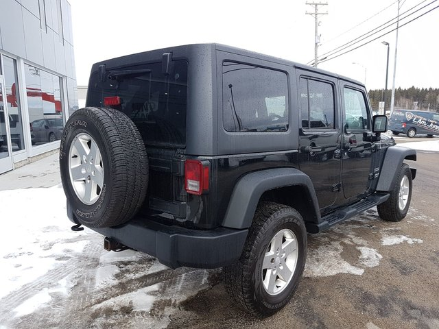 Jeep Wrangler Unlimited SPORT 2013 COMME NEUF