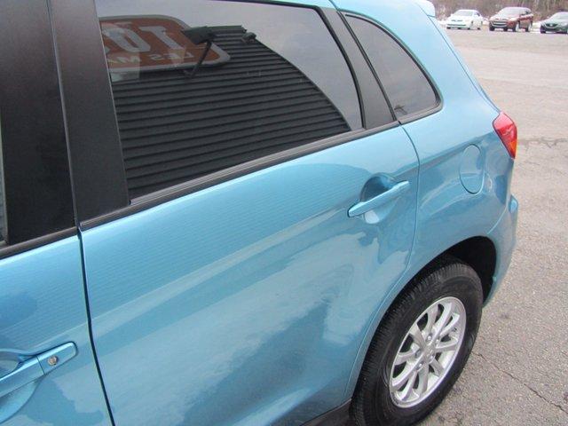 Mitsubishi RVR  2011 COMME NEUF !!
