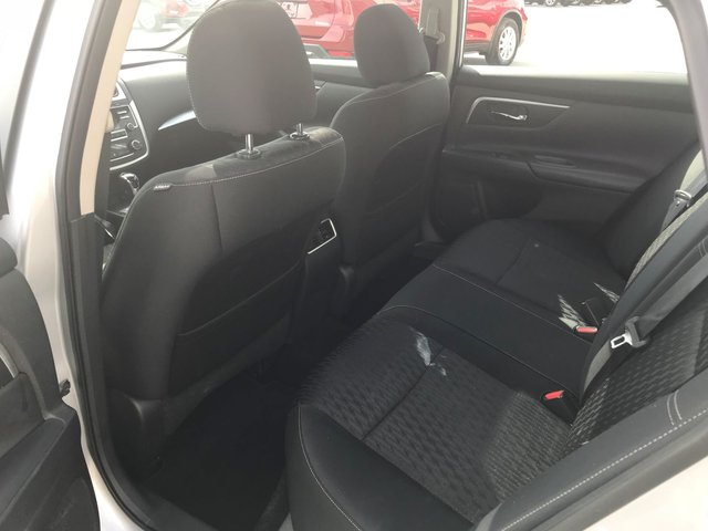 Nissan Altima SV 2017