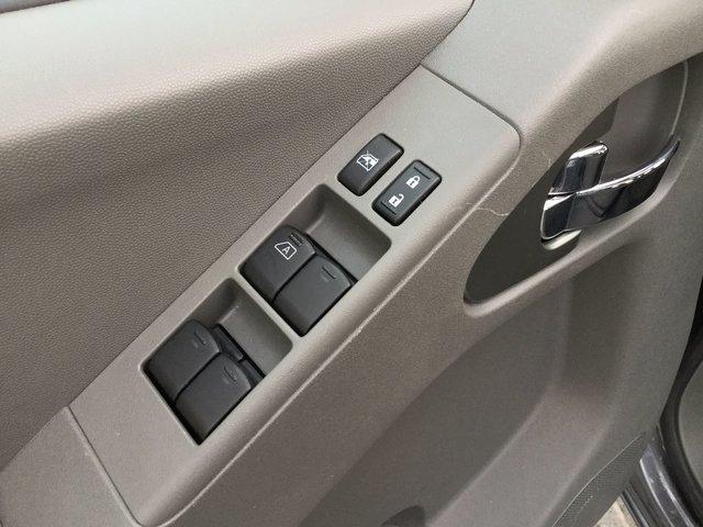 Nissan Frontier SV PREMIUM / TOIT OUVRANT 2017 CAMÉRA + BANCS CHAUFFANTS + TOIT OUVRANT