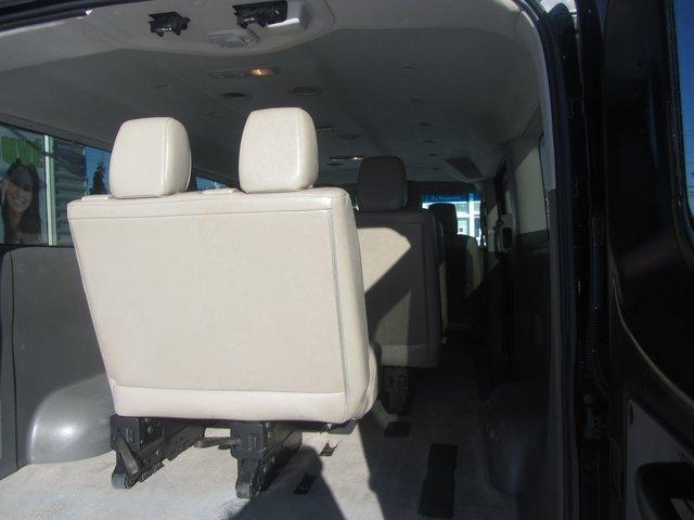 Nissan NVP  2014 CUIR TRES PROPRE !!
