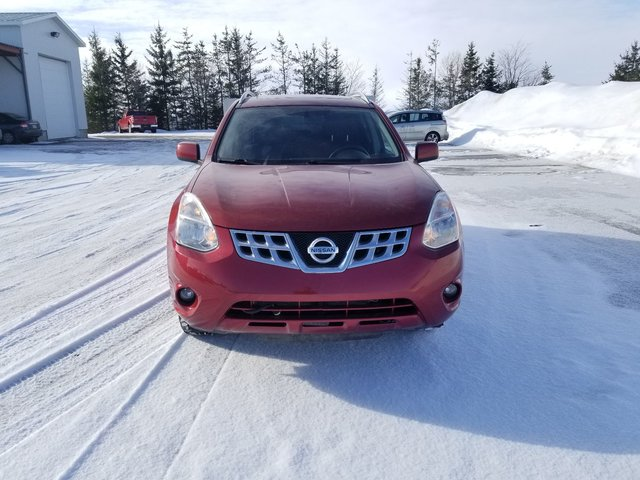 Nissan Rogue SV 2013 TRÈS PROPRE