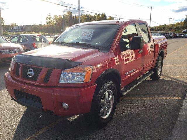 Nissan Titan PRO4X 2012 BIEN ENTRETENU