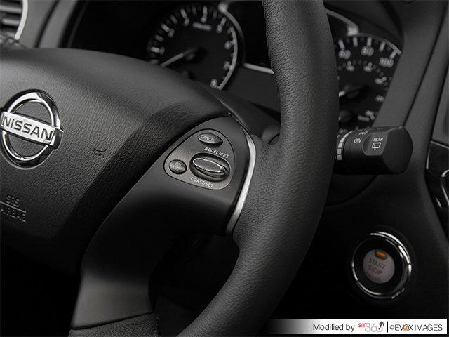 Nissan Pathfinder SV 2017
