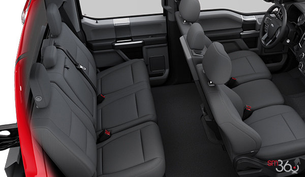 2017 Ford Chassis Cab F-350 XLT | Photo 2 | Medium Earth Grey Cloth