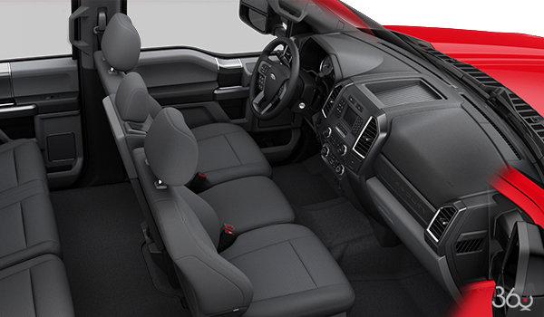 2017 Ford Chassis Cab F-350 XLT | Photo 1 | Medium Earth Grey Cloth