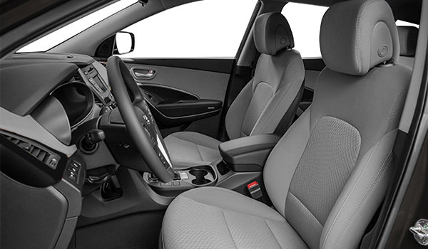 2017 Hyundai Santa Fe XL BASE | Photo 1 | Grey Cloth