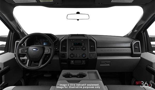 2018 Ford Chassis Cab F-350 XL   Photo 3   Medium Earth Grey HD Vinyl (LS)
