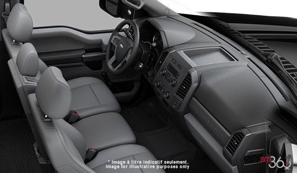 2018 Ford Chassis Cab F-450 XL   Photo 1   Medium Earth Grey HD Vinyl (LS)