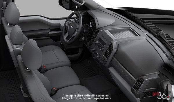 2018 Ford Chassis Cab F-550 XL | Photo 1 | Medium Earth Grey HD Cloth (4S)