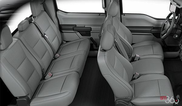 2018 Ford F-150 XL | Photo 2 | Medium Earth Grey Vinyl Bench (AG)