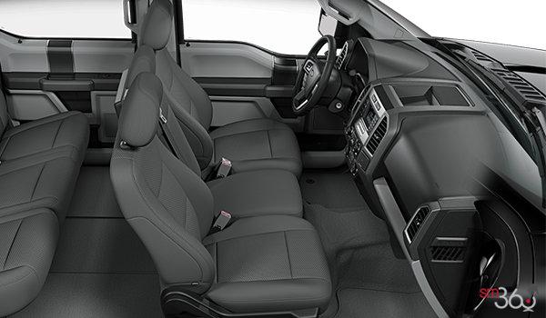 2018 Ford F-150 XLT   Photo 1   Medium Earth Grey Cloth Bench (MG)