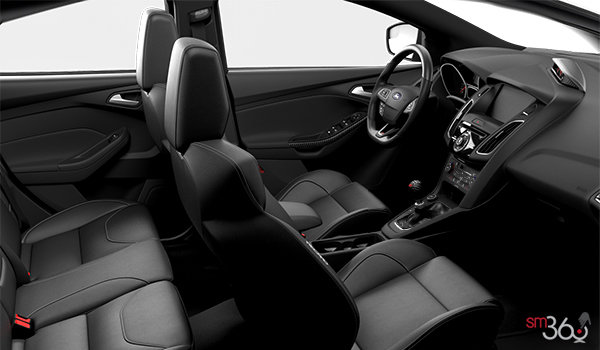 2018 Ford Focus Hatchback ST   Photo 1   Charcoal Black Recaro Leather
