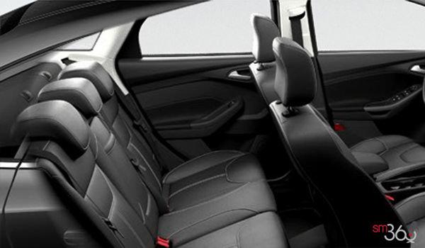 2018 Ford Focus Sedan SEL   Photo 2   Charcoal Black Premium Cloth