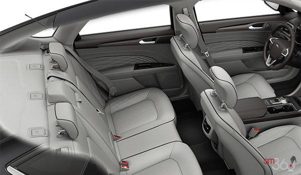 2018 Ford Fusion PLATINUM | Photo 2 | Medium Soft Ceramic Leather (QC)