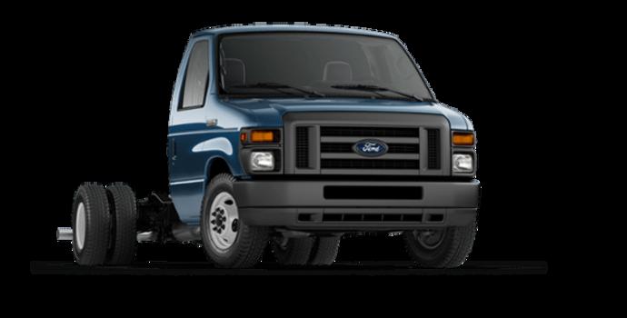 2017 Ford E-Series Cutaway 450 | Photo 6 | Blue Jeans