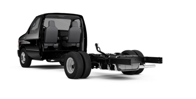 2018 Ford E-Series Cutaway 450 | Photo 5 | Shadow Black