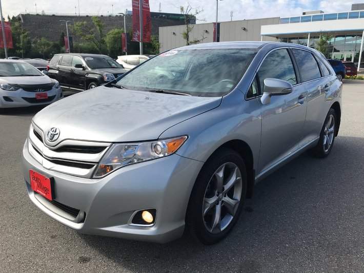 2016 Toyota Venza V6 AWD 6A AWD..Adult Size Comfort..Sophisticated Styling..V6 Power..New Tires & Brakes..Very Clean!!