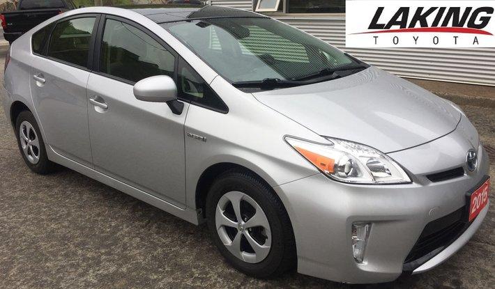 2015 Toyota Prius Hybrid Moonroof Upgrade Package Navigation Clean