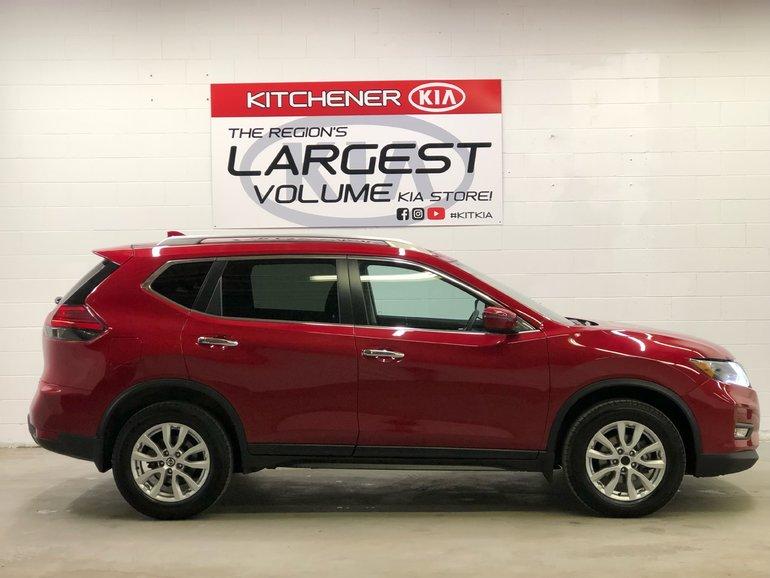 2017 Nissan Rogue ALL WHEEL DRIVE LIKE NEW