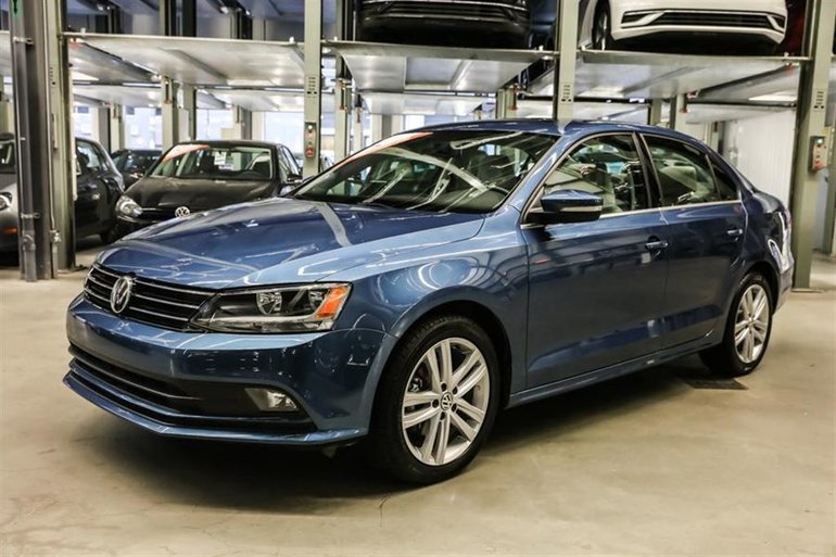 Volkswagen Jetta Sedan Highline 2015