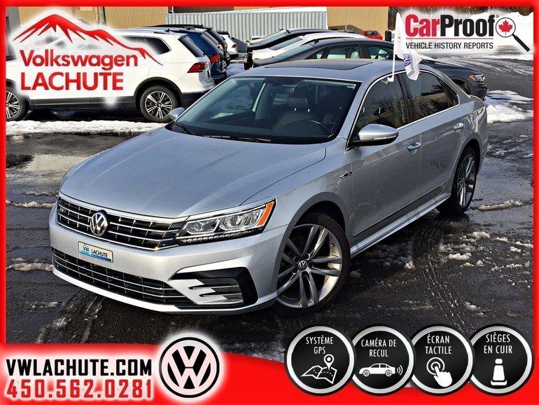 Volkswagen Passat HIGHLINE + ENS. R-LINE + DÉMO + BANDE 3M + 2018