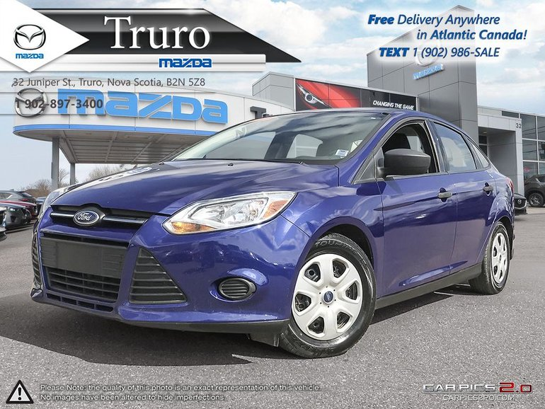 2012 Ford Focus $35/WK TAX IN! ONE OWNER! A/C! MANUAL! FRESH MVI!